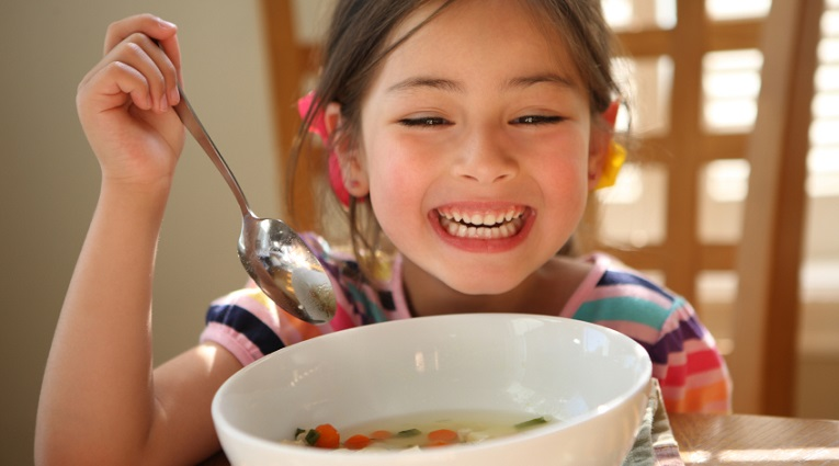 Create a healthy nutritional environment for children