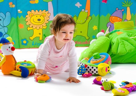 child girl toys playing