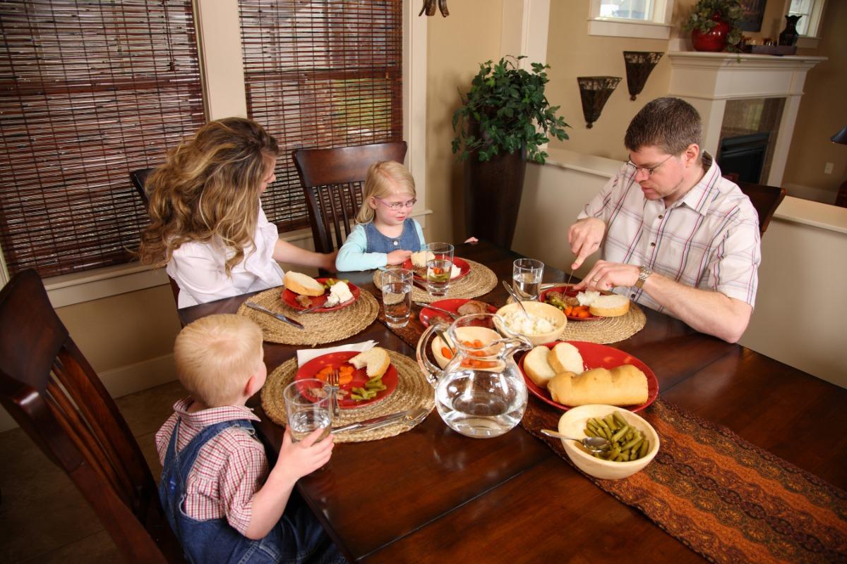 Family dinner 4 people