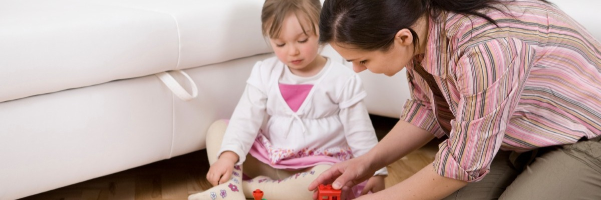 Parent-child interaction in autism: play behavior