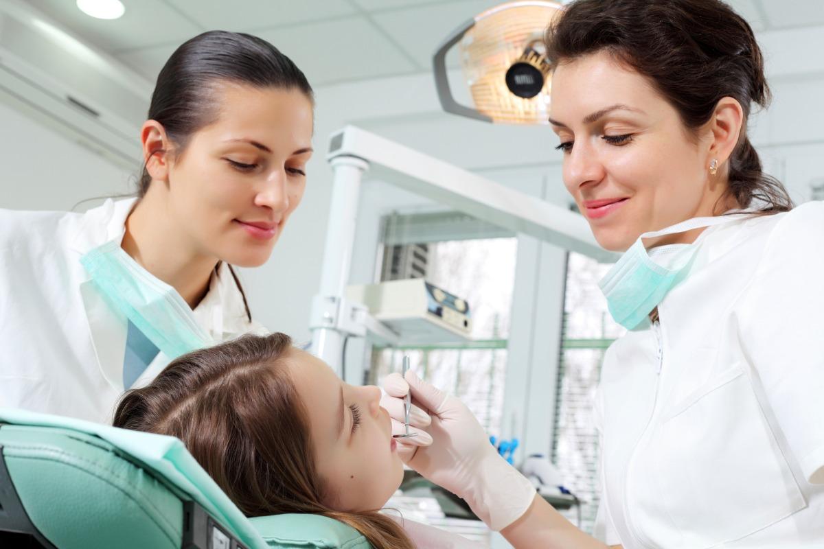 Dentist assistant girl