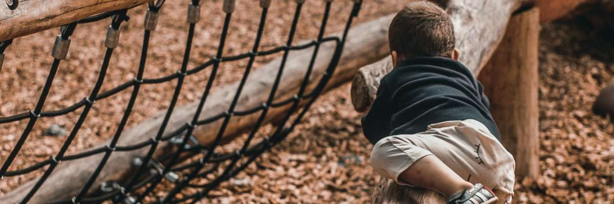 Challenging play behavior: does it still exist?