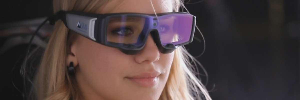 2 Examples of eye tracking lab set-ups