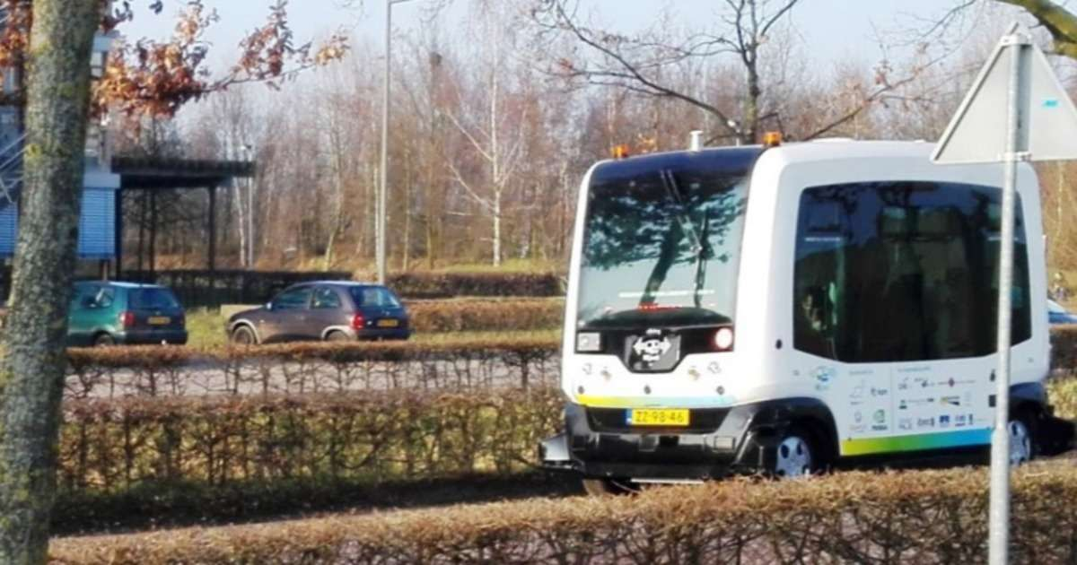 interacting-with-autonomous-cars