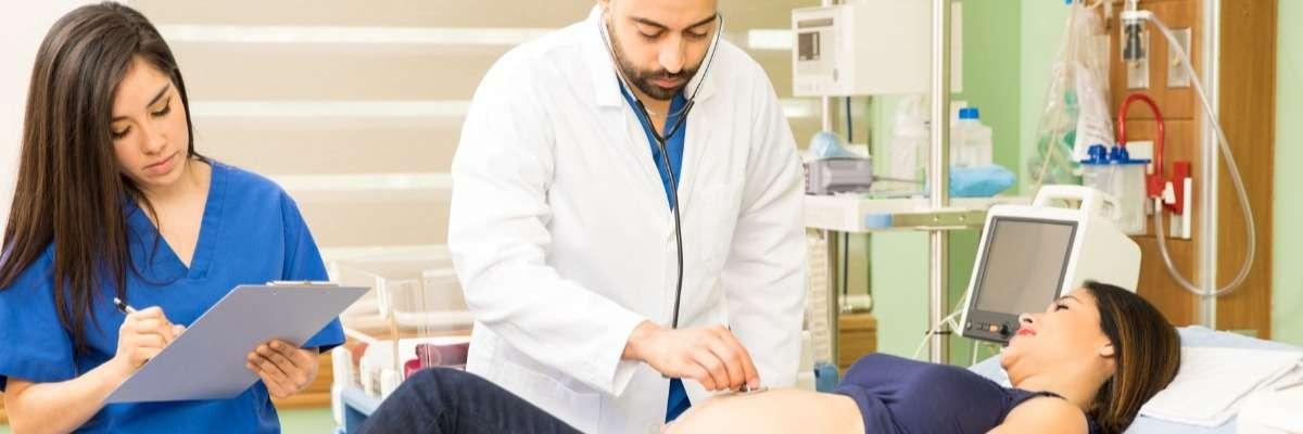 Simulation-based team training in obstetrics