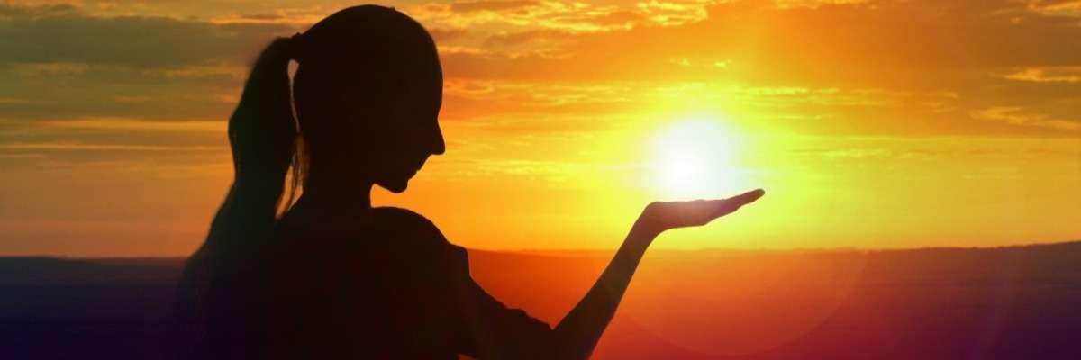 Sunshine and romance: ultraviolet light enhances sexual behavior